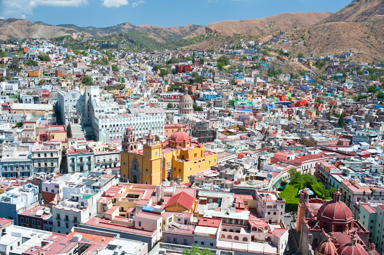 Guanajuato with the University and Basilica to the left and the San Diego Church and Plaza de la Union at bottom center.